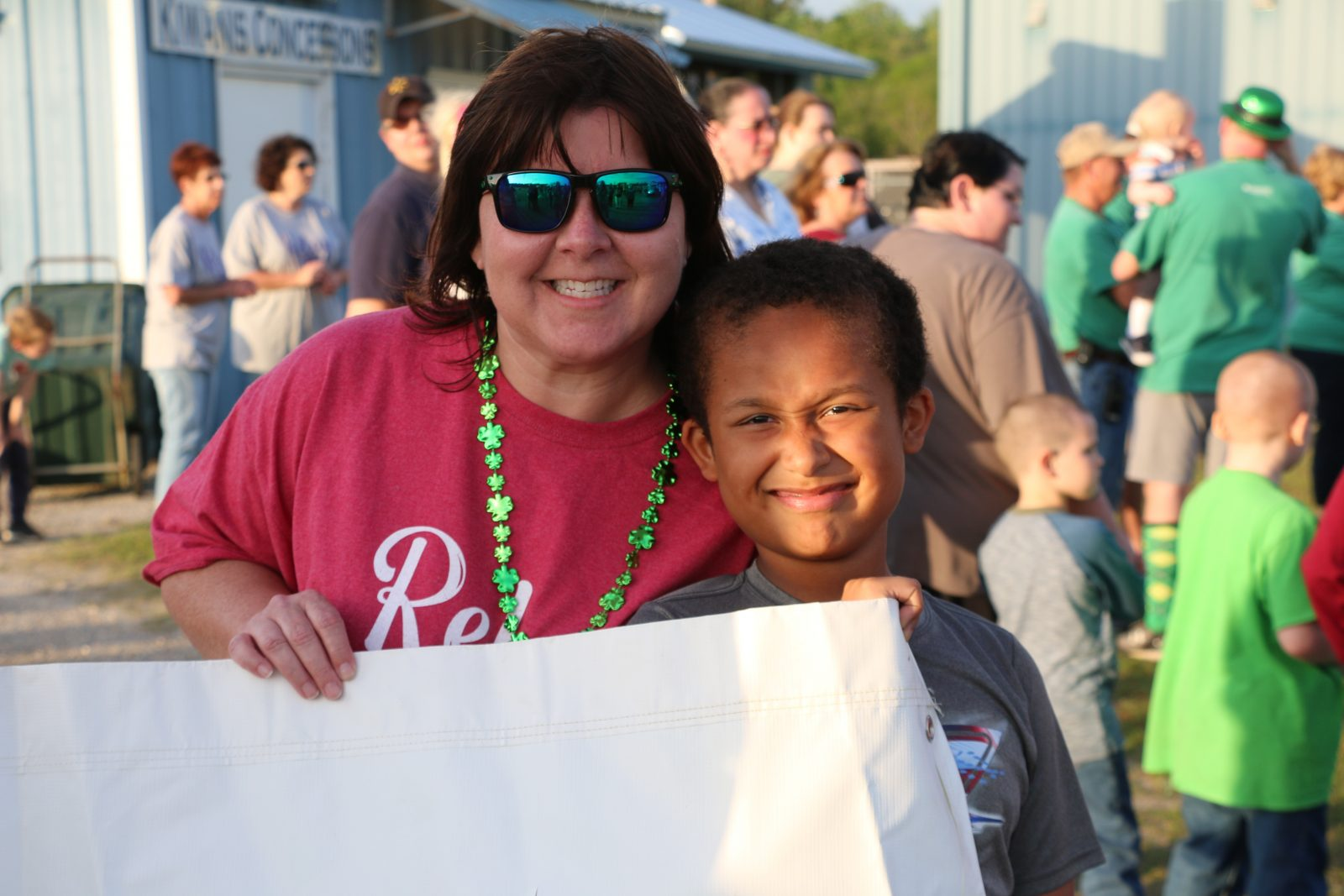 relay for life Kim Carter with child